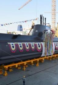 Турция построила свою первую подводную лодку