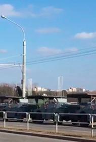 В центр Минска стянута спецтехника, частично перекрыт проспект Независимости
