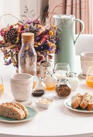 Диетолог Елена Соломатина перечислила блюда идеального завтрака