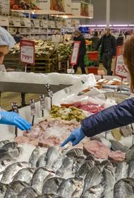 ФНС и Минфин намерены усилить контроль продавцов на рынках