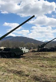 Версия Avia.pro: Россия массово перебрасывает войска в Крым для защиты от возможного нападения Украины