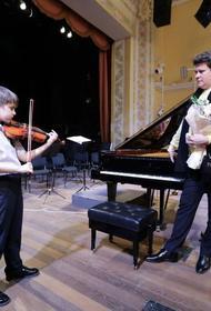 Челябинский скрипач, с которым судились соседи, встретился с Мацуевым