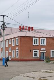 Работник хабаровской ЖД хотел украсть топливо, но угнал локомотив