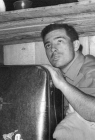 Брайан Робсон пересёк океан в ящике для посылок