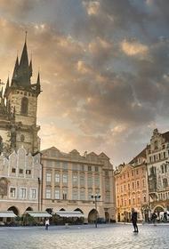 Власти Чехии предложили провести встречу Путина и Байдена в Праге