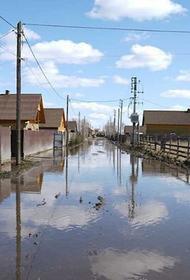 Паводок в Приангарье чуть не смыл Хомутово и испортил воду в Усолье-Сибирском