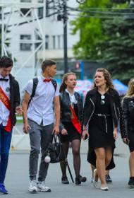 Выпускникам Челябинска вручат аттестаты с QR-кодом
