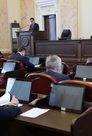 Депутаты-единороссы обсудили вопросы поддержки старшего поколения