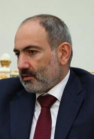 Пашиняну не позволили возложить цветы к могиле погибшего в Карабахе солдата