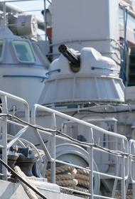 Sina: военные корабли Украины «оказались в ловушке» из-за временной блокировки Россией Керченского пролива
