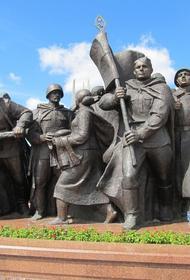 Народный подвиг и трагедия войны: памятники,  производящие сильное эмоциональное впечатление