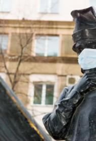 Жители Челябинска больше других согласны на бессрочный масочный режим