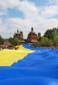 Глава МИД Украины Дмитрий Кулеба заверил, что Киев не планирует наступление в Донбассе