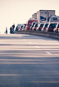 В аварии на Калужском шоссе в Новой Москве пострадали пять человек, в том числе дети
