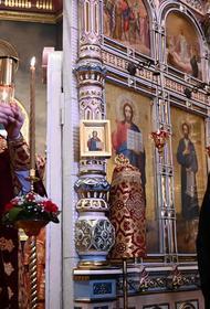 Впервые в Челябинск доставили Благодатный огонь прямо из Иерусалима