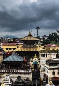 Посольство РФ призвало россиян оперативно покинуть Непал