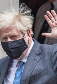Джонсон не исключил, что в конце июня в Британии отменят социальное дистанцирование