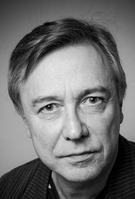 Актер Олег Вавилов попал в больницу сразу после спектакля