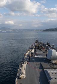 «ПолитРоссия»: Москва дала «эффектный ответ» на провокацию США в Балтийском море