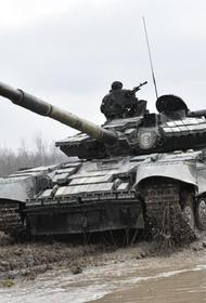 Версия Avia.pro: экономические контрмеры России временно вывели из строя 200 танков ВСУ в Донбассе