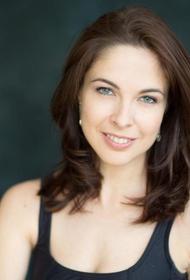 Актриса Дианна Дезмари присоединилась к акции «Бессмертные рифмы»