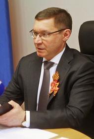 Владимир Якушев поздравил уральцев с Днем Победы