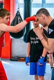Южноуральским боксёрам показали кузницу чемпионов