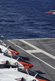 В небе над Техасом столкнулись два учебных самолёта ВМС США