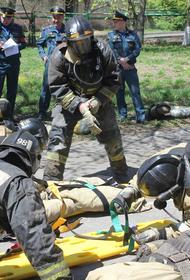 Комсомольские пожарные стали лучшими среди звеньев газодымзащитной службы