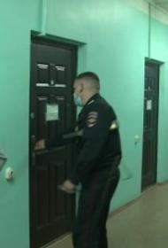 СК РФ опубликовал видео допроса стрелявшего в Екатеринбурге мужчины, ему предъявили обвинение