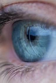 Врач-невролог Евдокимов заявил о возможном наличии связи между подергиванием глаза и раком