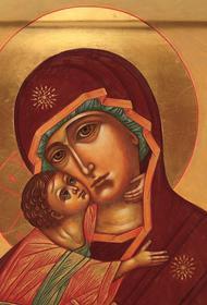 Православные верующие сегодня отмечают день одной из самых почитаемых в России икон