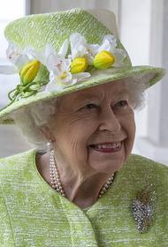 Королевская семья официально поздравила принца Гарри и Меган Маркл с рождением дочери
