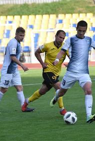 Футбольный клуб «Челябинск» выиграл седьмой матч подряд