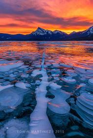 Канадское озеро Эйбрахам легко воспламеняется