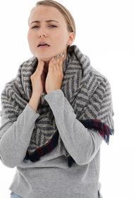 Врач Жан-Пьер Жиннон объяснил, как определить рак щитовидной железы по голосу