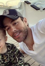 Энрике Иглесиас показал свою подросшую дочь