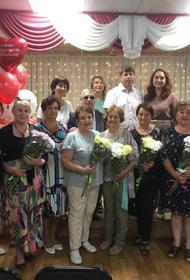 В Хабаровском крае поздравили ветеранов-медиков с Днем медработника