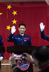 Китай отправит первый экипаж на свою первую космическую станцию в четверг