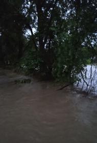 В ночь на четверг мощный ливень прошёл в Керчи