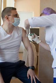 Губернатор Алексей Текслер привился от коронавируса