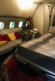 Летающий дворец Каддафи вернулся в Ливию