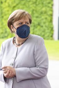В Киеве заявили, что Зеленский получил от Меркель приглашение посетить Берлин