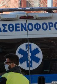 Священник в Греции облил семерых митрополитов кислотой
