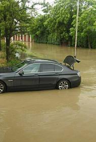 Ливень подтопил дороги в Анапе