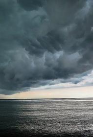 В Крыму на 26 июня объявлено штормовое предупреждение