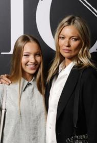 Отпуск в Риме: Кейт Мосс вместе с дочерью Лилой