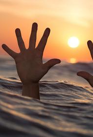 В Ростовской области отец и сын утонули в Азовском море во время купания