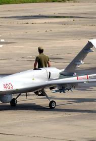 Avia.pro: украинский ударный дрон Bayraktar TB2 попытался подлететь к границам Крыма со стороны Черного моря