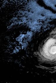В Атлантике родился первый ураган нового сезона